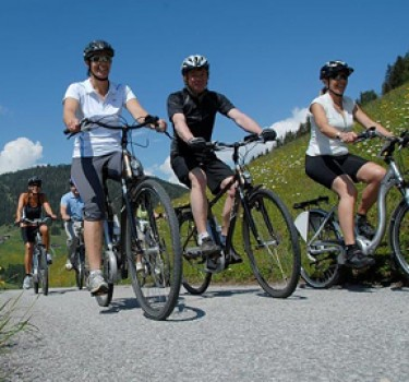 Explore Valley By Mountain Bike
