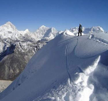 Lobuche East Climbing